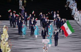 رژه کاروان ایران با حضور سرمربی تیم ملی تنیس روی میز